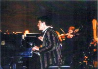 Dr. Allan Zavod during performance - click to see an enlarged version of this image