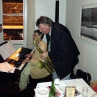 Live at Cafe Latte: Allan Zavod with Wilbur Wilde on Sax - click to see an enlarged version of this image