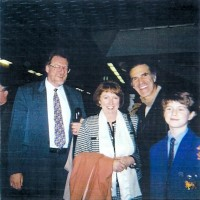 Allan Zavod with son Zak, Robert Renton (Head of Wesley College Elsternwick Campus), and Mary Delahunty at recital - click to see an enlarged version of this image